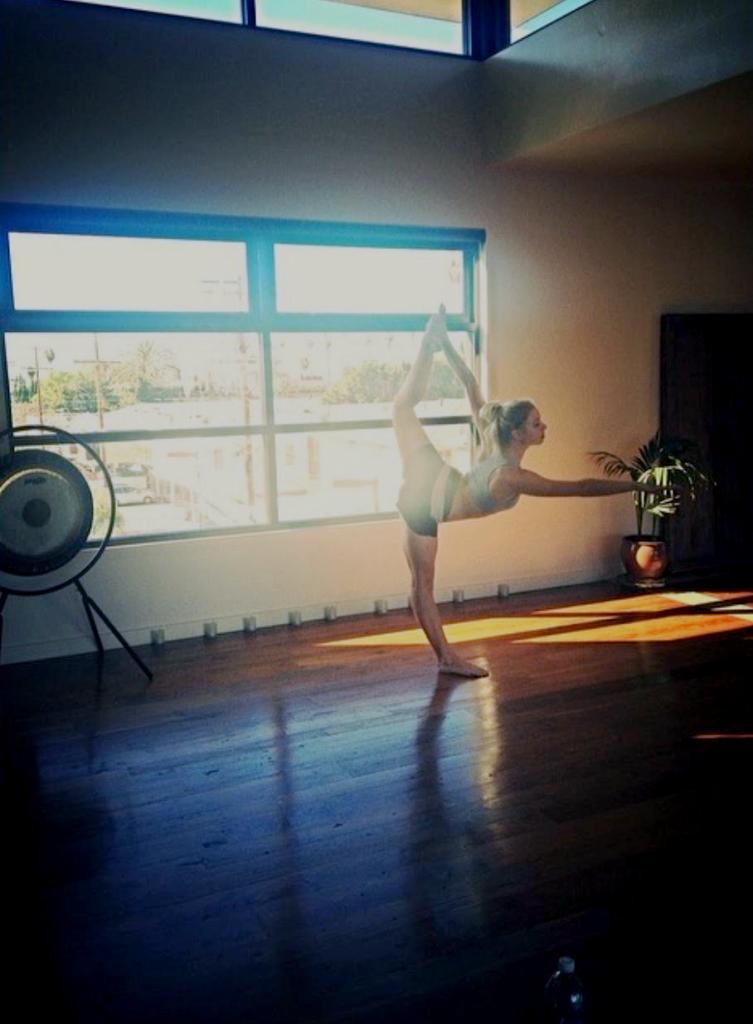 katherine-summer-yoga-in-la